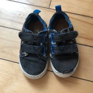 Tom size 6 shoes